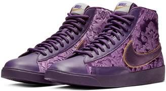 Nike Blazer Mid Top Sneaker