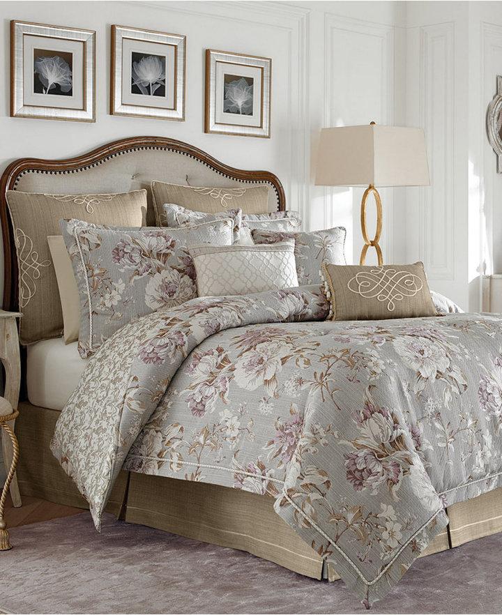 Croscill Victoria Queen Comforter Set