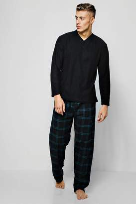 boohoo Check Fleece Pyjama Set With Long Sleeves