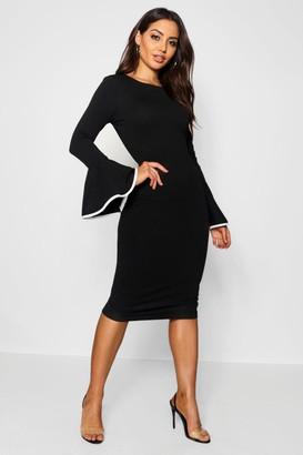 boohoo Contrast Flared Sleeve Midi Dress