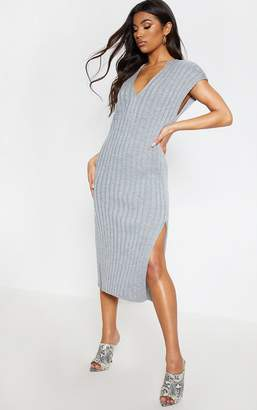 PrettyLittleThing Cream Ribbed V Neck Midi Knitted Dress