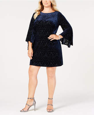 Jessica Howard Plus Size Bell-Sleeve Velvet Intarsia Dress