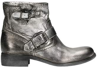 Strategia Spritz Silver Leather Boots