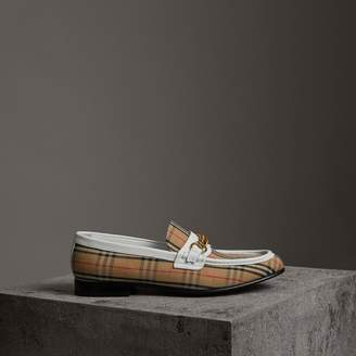 Burberry The 1983 Check Link Loafer , Size: 42, White