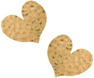 Oscar de la Renta hammered heart earring