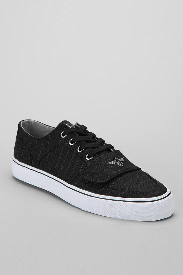 Creative Recreation Cesario Low-Top XVI Pinstripe Sneaker