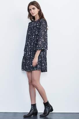 Velvet by Graham & Spencer TAYA STAR PRINTED CHIFFON DRESS