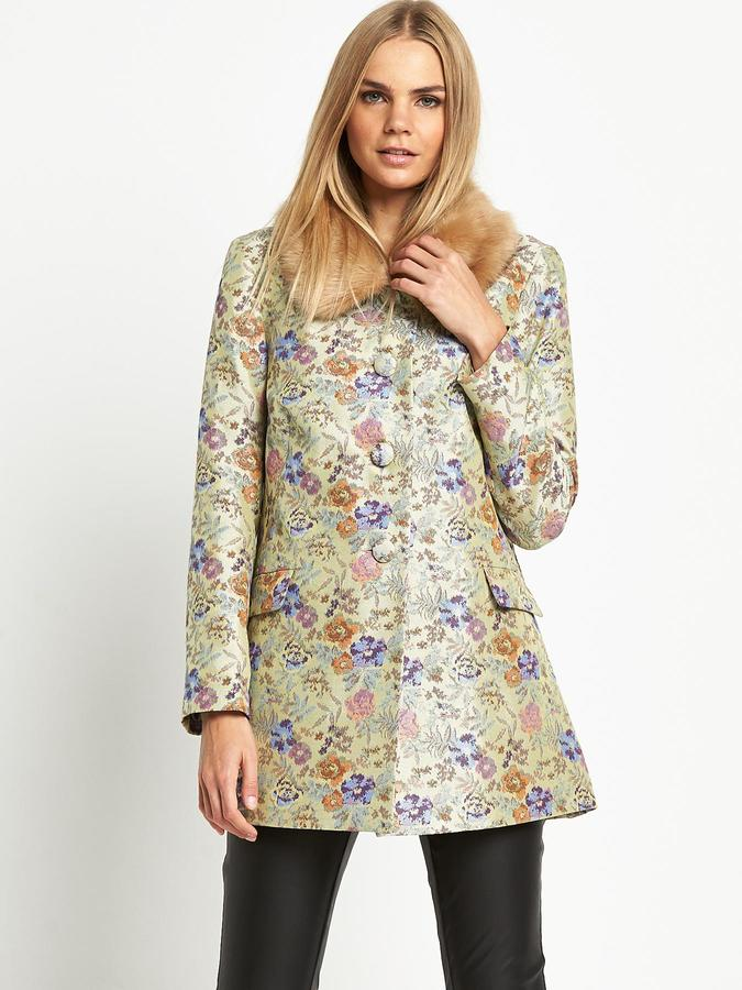 Love Label Jacquard Coat