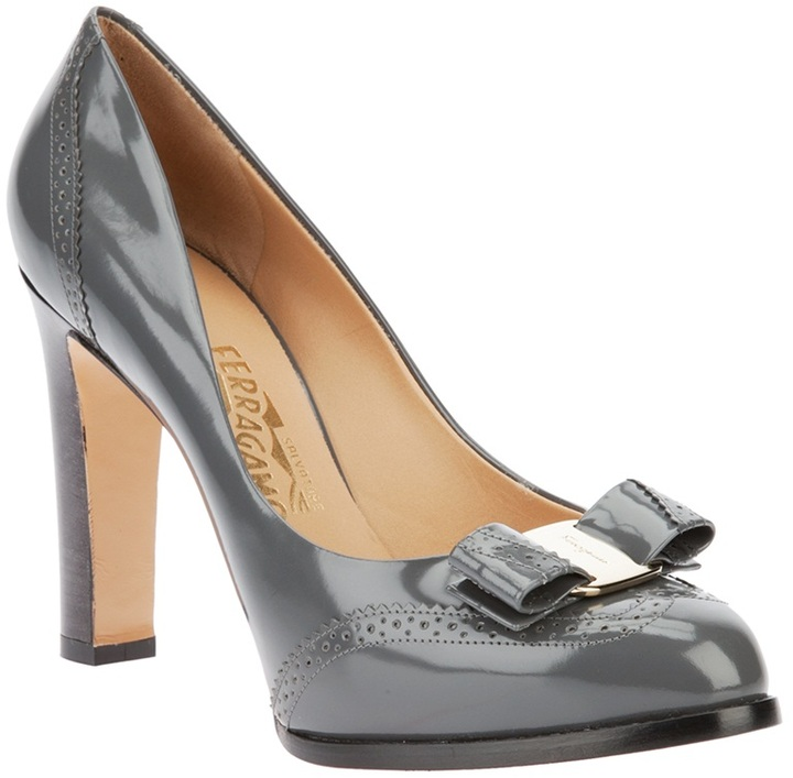 Salvatore Ferragamo bow detail pump