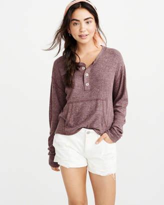 Abercrombie & Fitch Cozy Henley Sweatshirt