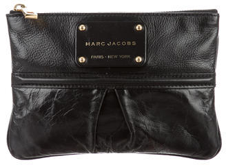 Marc JacobsMarc Jacobs Pleat-Accented Leather Clutch