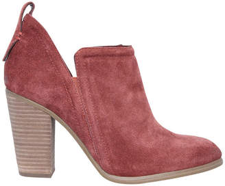 Vince Camuto Francia Sedobna Burgundy Boot