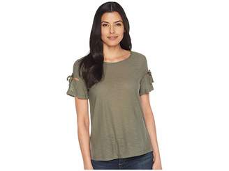 CeCe Short Sleeve Knit Top w/ Bows Women's Clothing