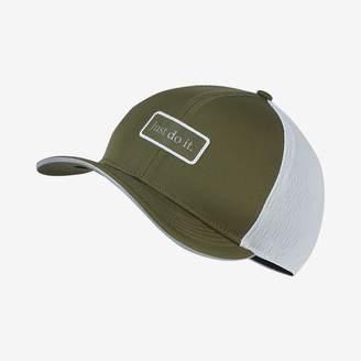 Nike Pro Classic 99 Running Cap