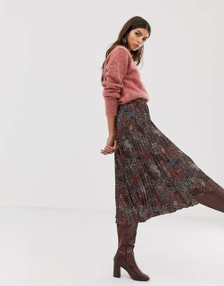 Whistles pleated midi skirt in abstract animal print