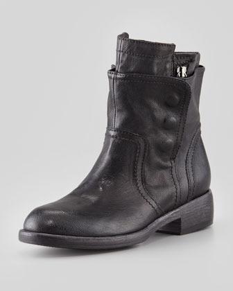 Vera Wang Ozita Leather Flex Boot, Black