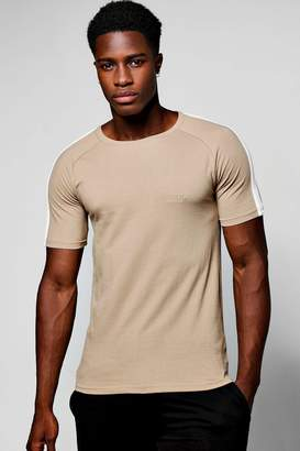 boohoo Raglan Muscle Panel T-Shirt With MAN Logo