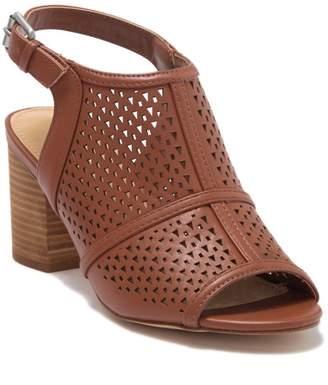 Nine West Nylah Open Toe Stacked Heel Sandal