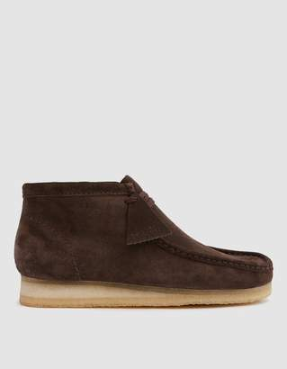 Clarks Wallabee Boot in Dark Brown Suede