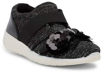 Madden-Girl Kellyy Slip-On Sneaker