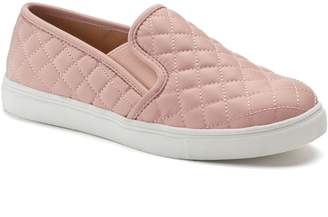 So SO Bay Women's Quilted Slip-On Sneakers