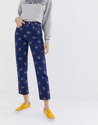 Wrangler high rise mom jean in floral print