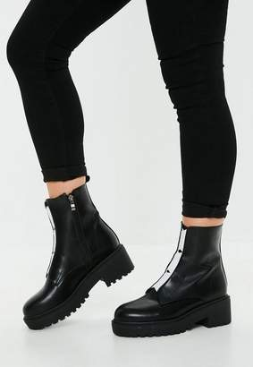 Missguided Black Contrast Elastic Detail Boots