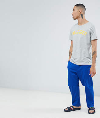 Tommy Hilfiger pyjama set logo t-shirt & pants in gray heather/blue