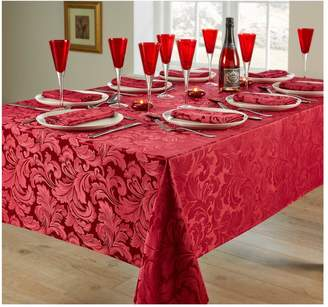Very Cadiz 8 Place Setting Tablecloth and Napkin Set – Berry