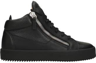 Giuseppe Zanotti Kriss Black Leather Mid Top Sneakers