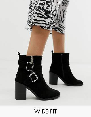 53f2bccd3e42 New Look Wide Fit wide fit cross strap block heeled boot in black