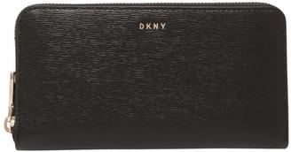 DKNY R8313658 Bryant Zip Around Wallet