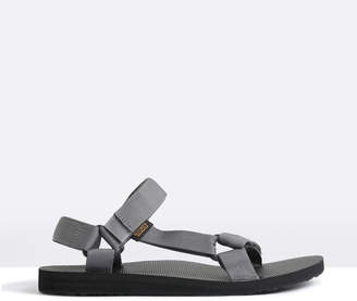 Teva Mens Original Universal Sandals in Charcoal