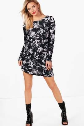 boohoo Corrine Mono Floral Long Sleeve Shift Dress