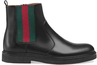 Gucci Children's leather boot with Web