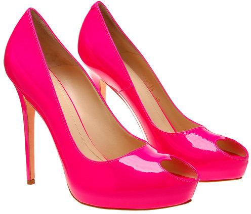Alexander McQueen Heart peep toe shoe