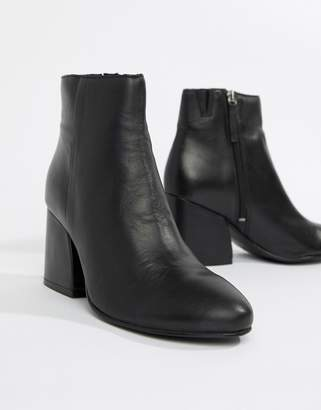 Pull&Bear high heeled leather boot