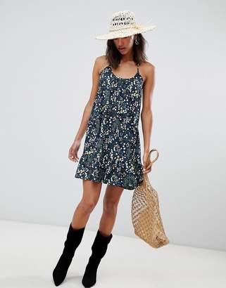 Lavand Ditsy Floral Cami Dress