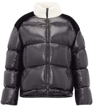 Moncler Chouelle Logo Print Quilted Down Jacket - Womens - Black White
