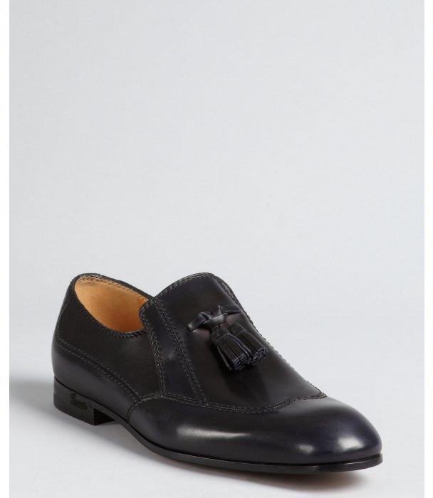 Gucci nevada leather wingtip tassel loafers