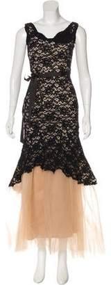 Nha Khanh Sleeveless Maxi Gown
