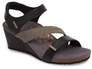 Aetrex Brynn Asymmetrical Wedge Sandal