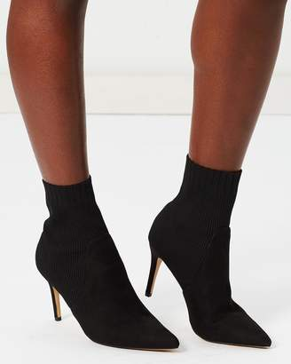 ICONIC EXCLUSIVE - Sable Ankle Boots