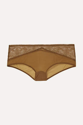 Hanro Moa Lace And Stretch-tulle Briefs - Bronze