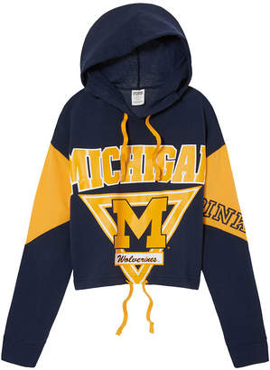 PINK University of Michigan Cropped Cinched Hem Hoodie