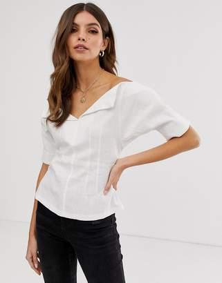 e97e47310290bd Asos Design DESIGN short sleeve off shoulder structured top in linen