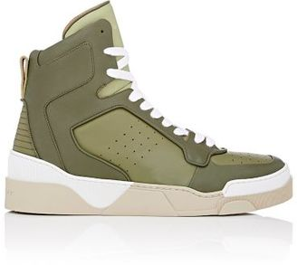 Givenchy GIVENCHY MEN'S TYSON II SNEAKERS-GREEN SIZE 7M $795 thestylecure.com