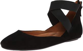 Gentle Souls by Kenneth Cole Women's Bay Unique Flat