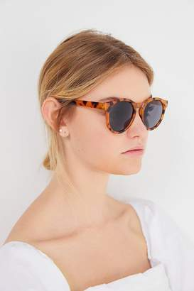 Urban Outfitters Waverly Round Sunglasses