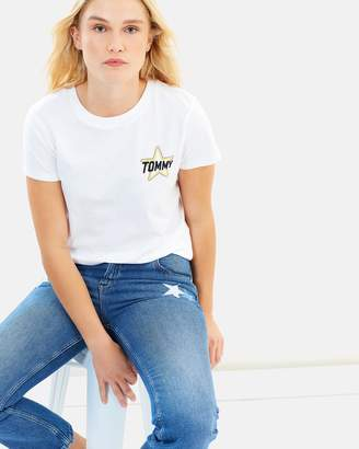 Tommy Jeans Graphic Badge Tee